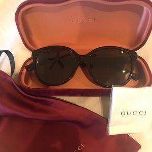 New in box 100% authentic Gucci Sunglasses